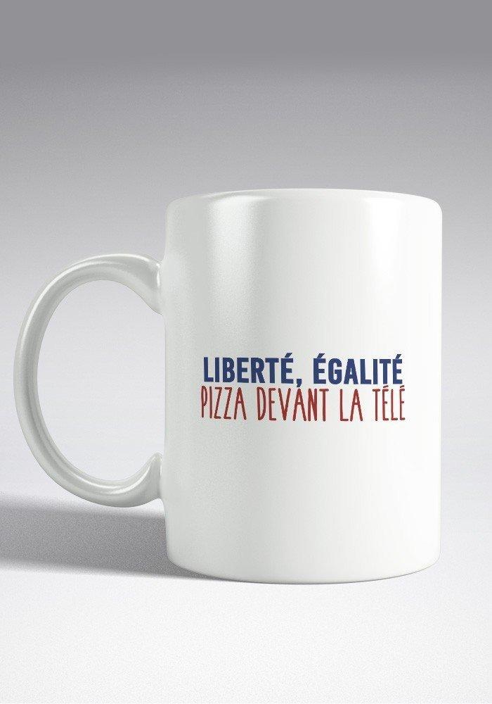 Liberté Egalité Pizza devant la télé Noel Mug