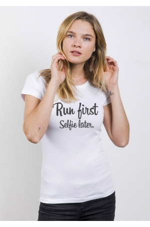 Run First Selfie Later T-shirt Femme Col Rond